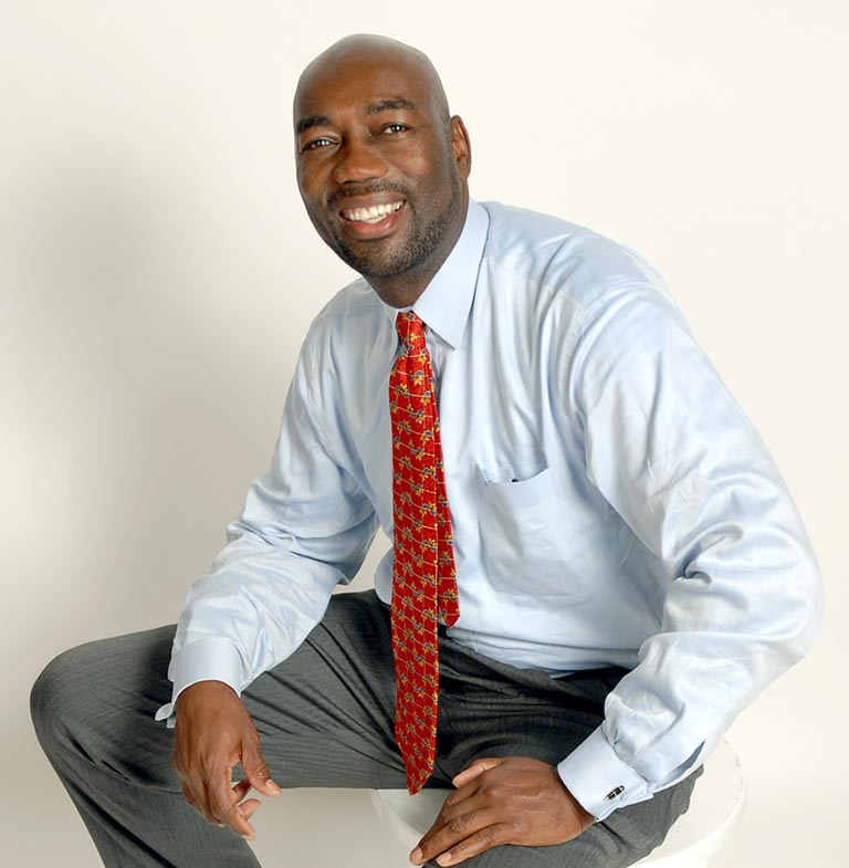 Ed Robinson is a thought leader in the areas of leadership development and revenue growth.